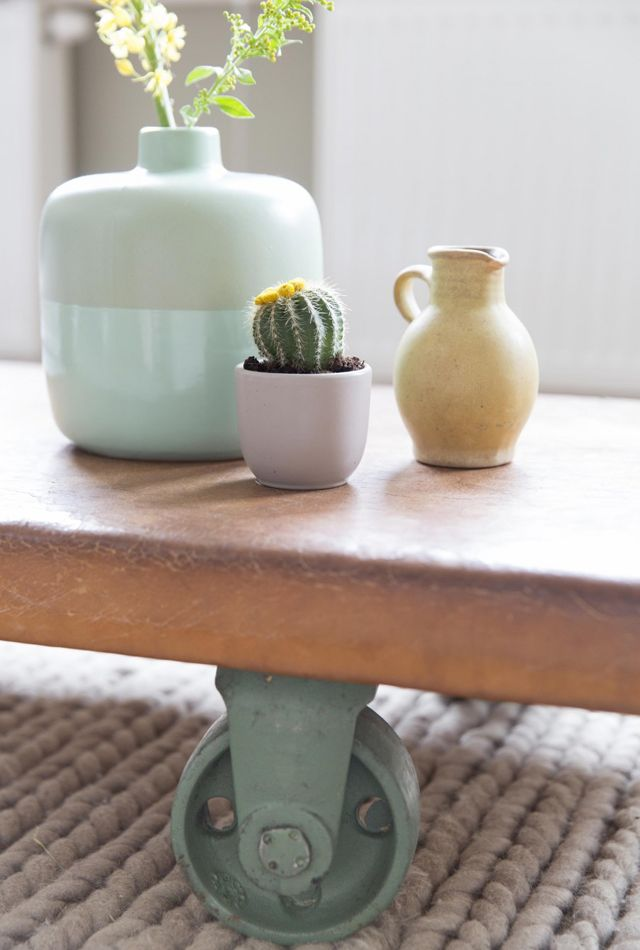398 best images about pastels on pinterest ceramics for Tafeldecoratie salontafel