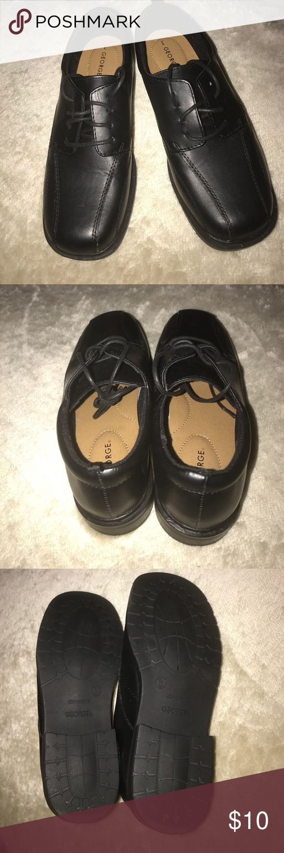 Boy's, Non-Marking Rubber Sole, Dress Shoes Worn once for short time! So look brand new! Nice black, non-marking, dress shoes for boys! Rubber soles, size 3!! George Shoes Dress Shoes