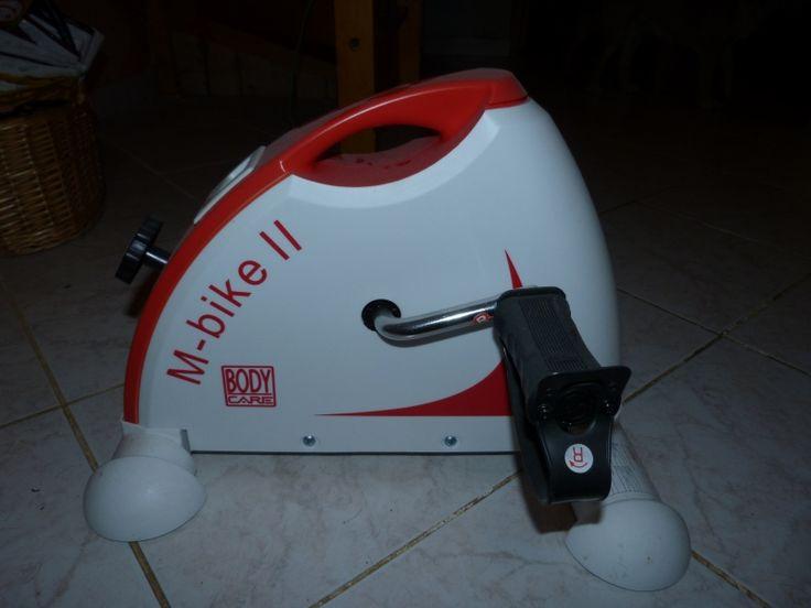 Location Body Care M-BIKE II Vélo d'appartement avec poignée Blanc/Rouge de Body Care Ruffieu (01260)