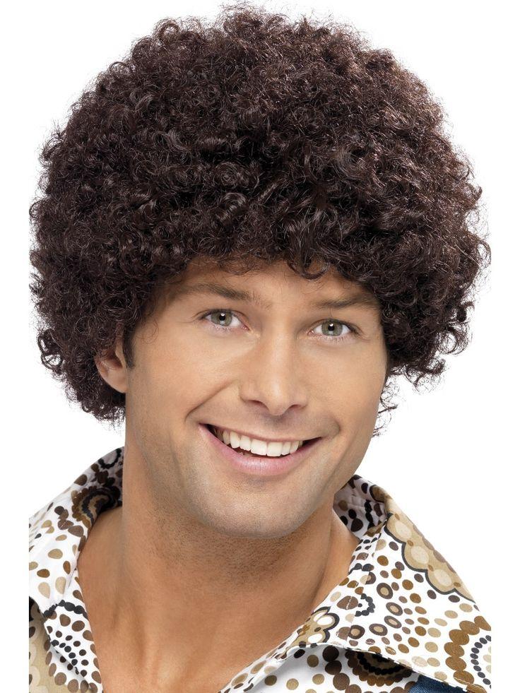70-luvun discoperuukki. 70-luku on vahvassa nousussa naamiaisasuisten hulluttelijoiden keskuudessa ja tällä peruukilla viimeistelet vuosikymmenen hiustyylin kohdilleen. Lisää discomiehelle sopivia asusteita löydät oheistuotteistamme.