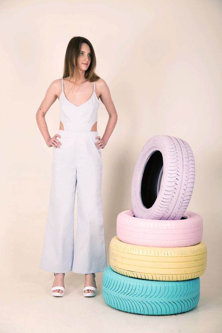 ♦ Jumpsuit♦ Zip back - Ajustable straps♦ Size S-M♦ Cotton