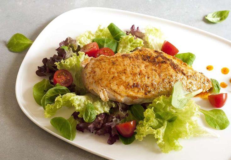 Что приготовить из куриного филе? ПЯТЬ лучших блюд из филе курицы к вашему вниманию! Узнайте тонкости и нюансы приготовления полезного и диетического мяса курицы в духовке, мультиварке и сковородке!