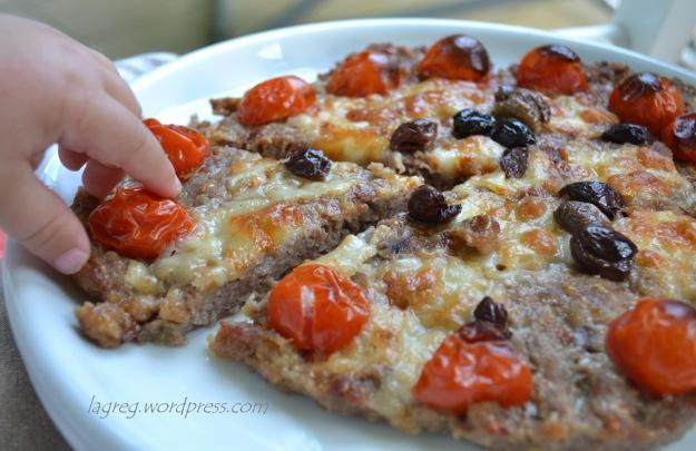 pizza di carne (meat pizza)