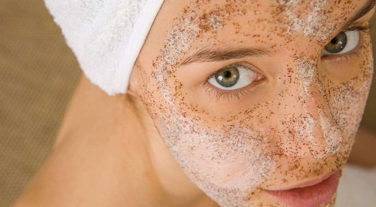 Létezik egy szer, ami gyöngéden fiatalítja meg a bőrt, egy szer, amit már gyermekkorunk óta ismerünk. Ez pedig nem más, mint a búzakása, illetve a búzadara! A keményítő és a növényi fehérjék magas tartalma miatt valóban mágikus hatással bír: gondosan ápolja az érzékeny bőrt, hámlasztja az elhalt hámsejteket és kisimítja[...]