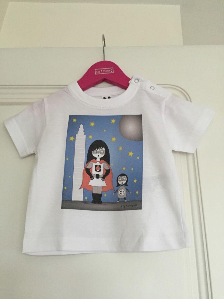 Un favorito personal de mi tienda Etsy https://www.etsy.com/es/listing/280414806/camiseta-bebe-superheroina-y-robot