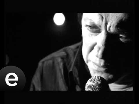 Ah Benim Sevdalı Başım (Recep Aktuğ) Official Music Video #ahbenimsevdal...