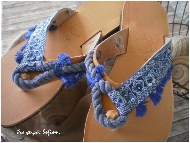 14.014 blue ethnic leather sandals