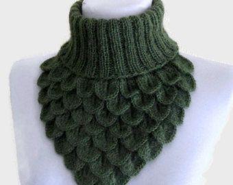 Crochet Neck Warmer, Crocodile Scarf, Neck Cowl, Green Chunky, soft, Winter Accessories