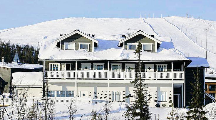 Lapponia House 450 hirsitalo on terve hengittävä koti. Lämpöhirsi tai lamellihirsi. Osatoimituksena tai muuttovalmiina.