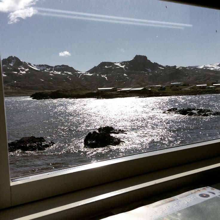 Hummm...Iceland