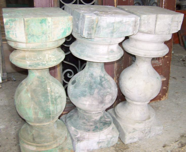 Best Rustic Round Shaped Wood Balusters Three Wood Pedestals 640 x 480