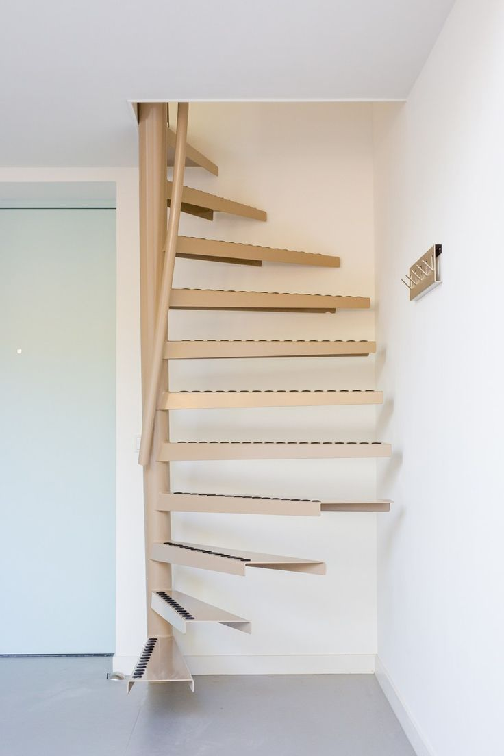 A perfect solution for small space living: the 1m2 stairs by EeStairs