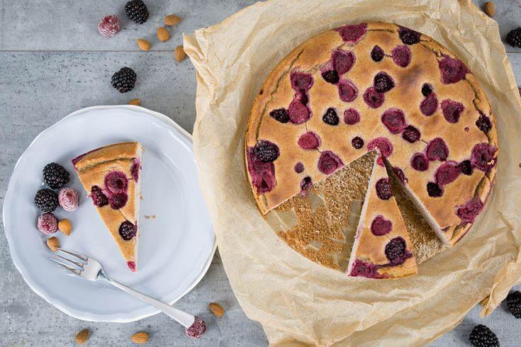 Leckerer Mandelkuchen ohne Zucker und ohne Mehl