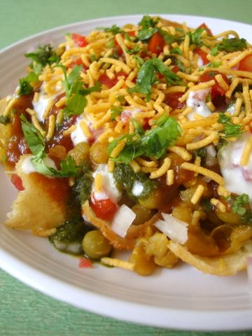 Chaat is the most fascinating culinary concoctions prepared in the street corners or gallis of every city/town of our country. Isn't the smell of street food enticing? Isn't it exciting to watch the street food vendor swiftly assemble a plate of Chaat with all its colorful assortment of spices and chutneys?