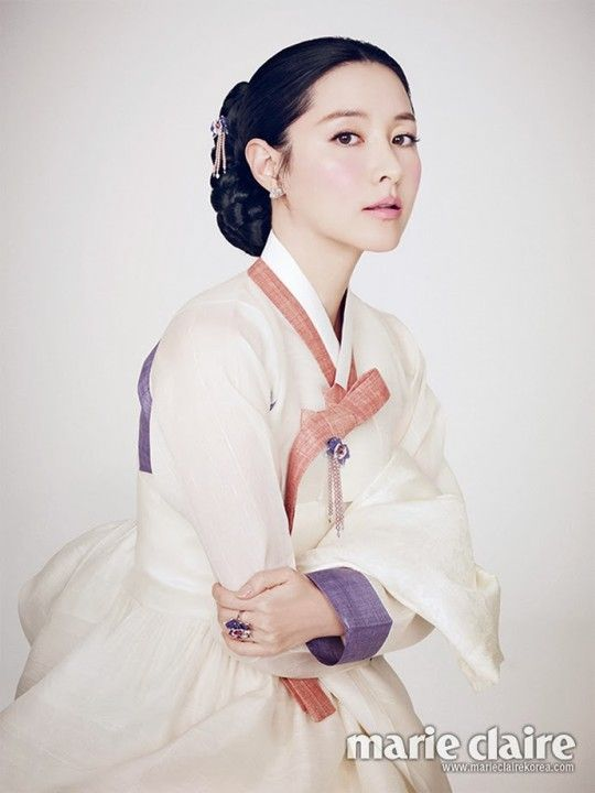 Lee Young Ae in Marie Claire