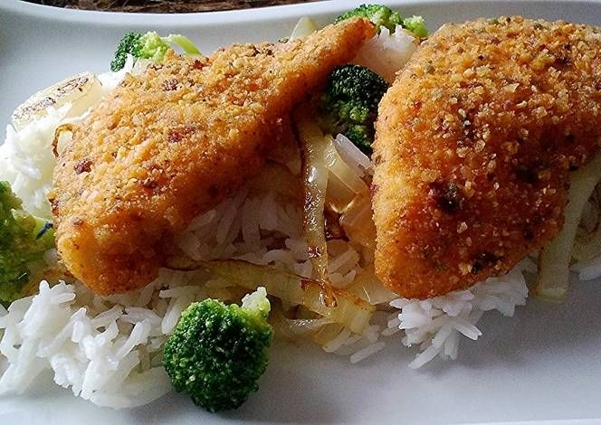 Spicy tortilla encrusted baked tilapia Recipe -  I think Spicy tortilla encrusted baked tilapia is a good dish to try in your home.