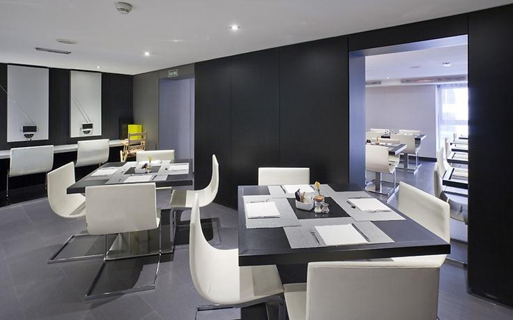 Este es el restaurante del mejor hotel de barcelona. #ILUNION #barcelona http://www.ilunionalmirante.com/