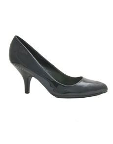 Zing Thing: Back in Black   Patent Pumps