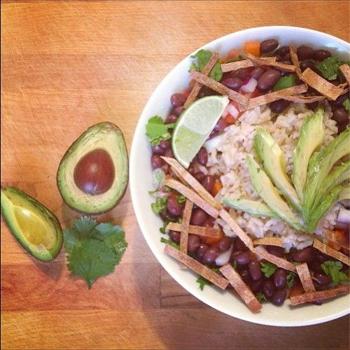 Vegan Power Taco Bowl Filled with brown rice, black beans, bell pepper ...
