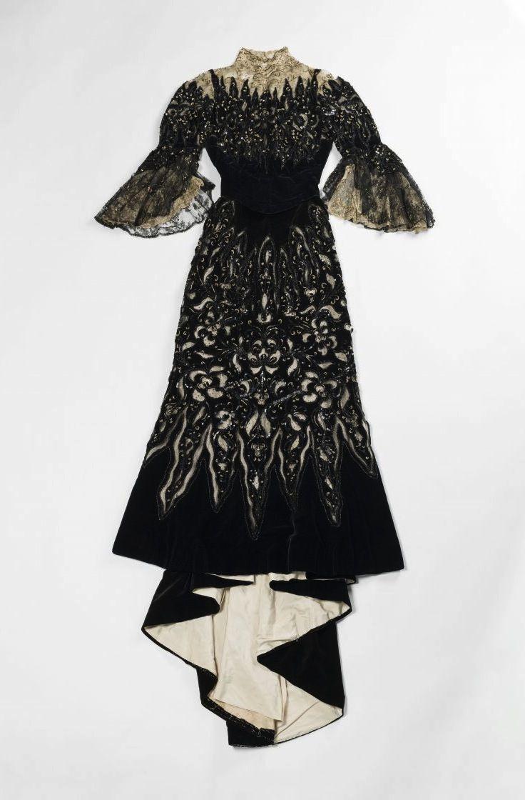 """""""La Mode retrouvée - les robes trésors de la comtesse Greffulhe"""" : l'expo en…"""