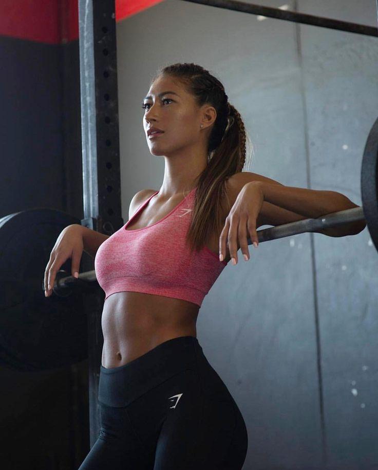 Elle Fitness Leggings: 23 Best Karina Elle Images On Pinterest