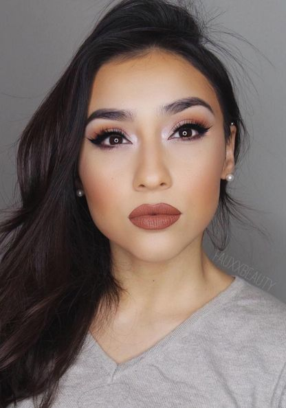Cely Ledesma from @Fauxxbeauty looks stunningly sun-kissed in our Bahama Mama Bronzer!