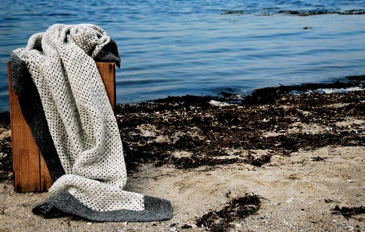 Danish design by nor:den The Simple Blanket with a minimalistic and modern design