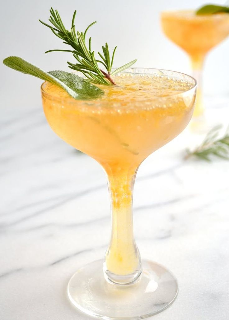 12 peach cocktails perfect for the end of summer simple for Simple mixed drink recipes