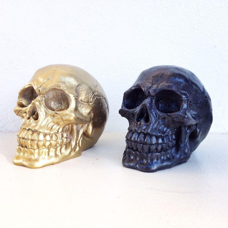 THE JONNY SKULL concrete skull decor and accessories
