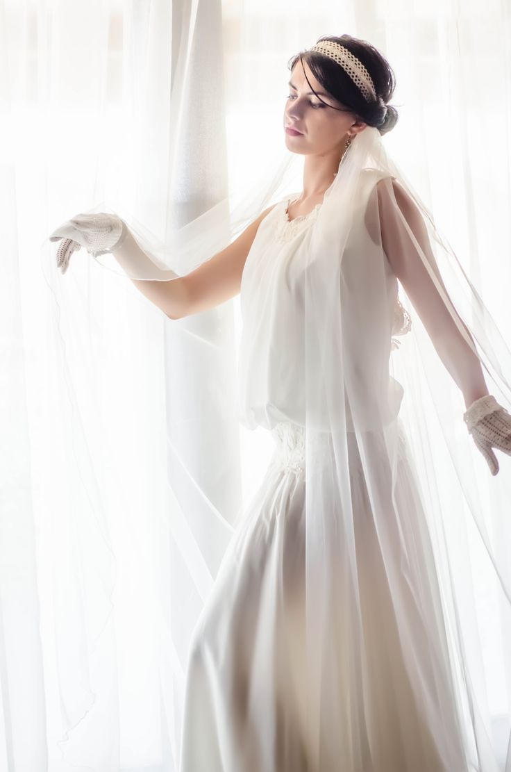 Nu strica un pic de Glamour in fotografia de nunta .... Portret de mireasa de la http://gabrielstroe.ro/  #wedding #portrait #bride #glamour