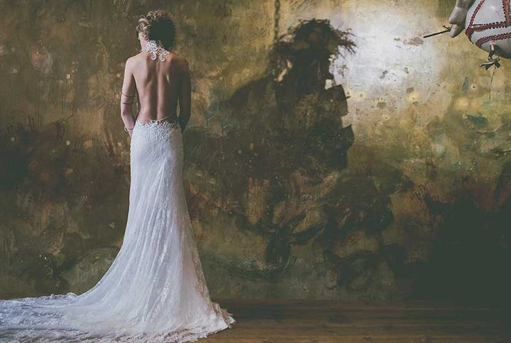 Sexy low back lace wedding dress by @jellyfishmaggy  #bridal #art