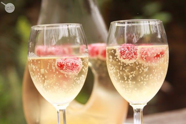 Mock-Champagne for your New Years Toast! {Non-alcoholic} | Oh So Delicioso