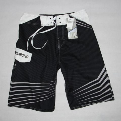 Men Bermuda Surf Shorts  This men Bermuda surf shorts is made of polyester. Its pattern type is print and it is quick dry. It fits true to size. Hence, please choose your normal size.
