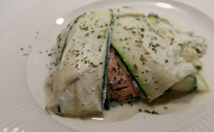 Courgette lasagne met spinazie, zalm en ricotta