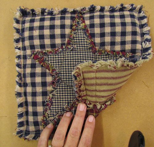 Ideas for Homespun Quilt Scraps, Potholder. love these
