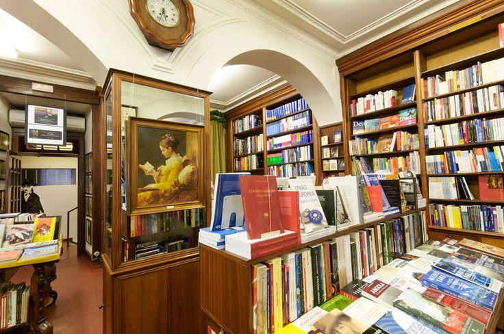 Livraria Ferin ganha nova vida http://bicho-das-letras.blogspot.com/2017/03/livraria-ferin-ganha-uma-nova-vida.html #livros #livrarias #lisboa