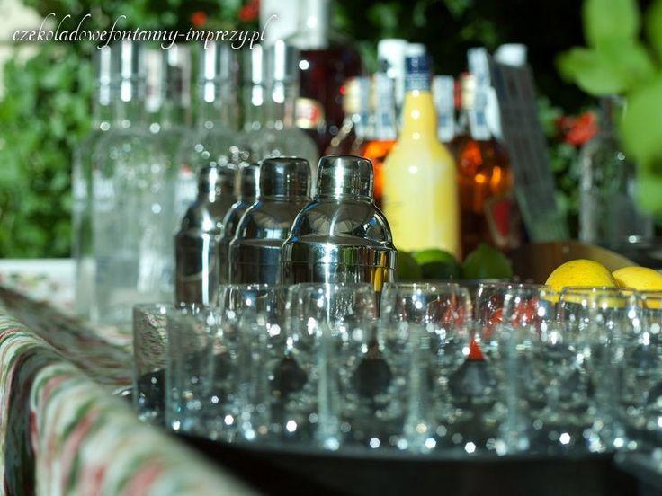 Podajemy zimne, orzeźwiające drinki, które postawią Cię na nogi :) www.czekoladowefontanny-imprezy.pl