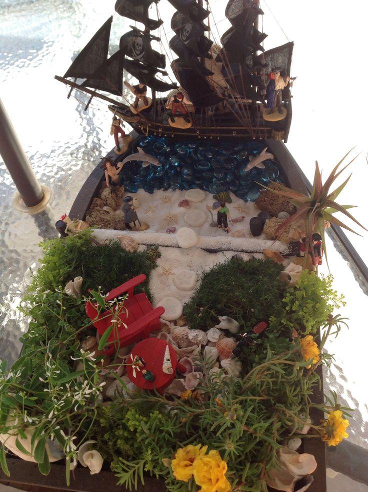 Pirate Themed Miniature Garden. Soo Cool !