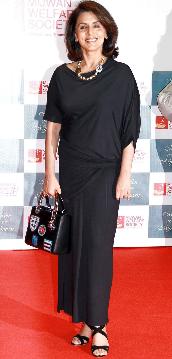 Neetu Singh at the Mijwan Fashion Show.