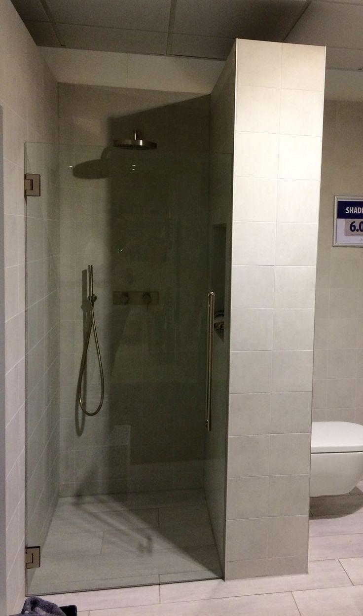 Meer dan 1000 idee n over glazen douches op pinterest douches badkamer en douchecabine - Credence glazen badkamer ...