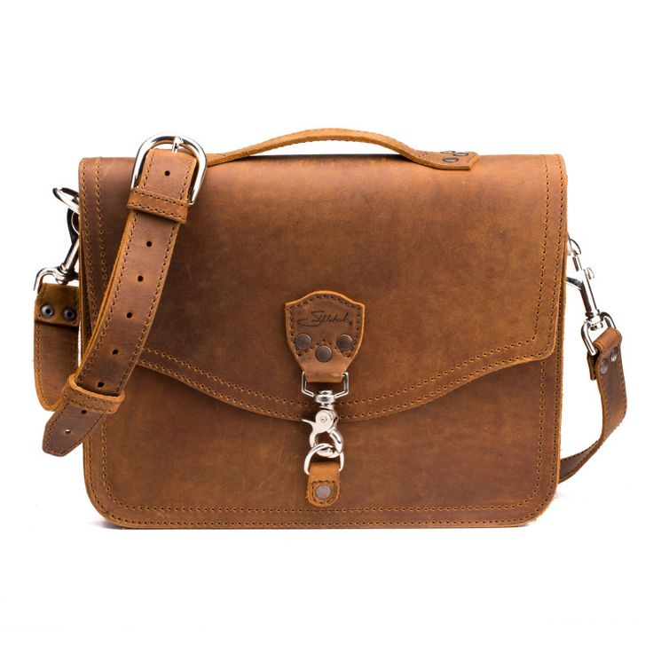 Saddleback laptop bag... a more appropriately-sized (and budgeted) option of my 'mini leather indulgence'.