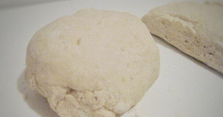 En este post del blog ENDULZANDO LIMONES te cuentan todos los secretos para hacer masa de pizza en casa sin problema.