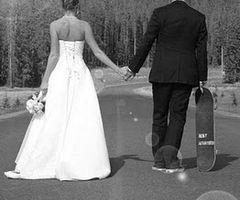boda skate wedding dress marriage casados married fotografía photographie carretera road miraquechulo