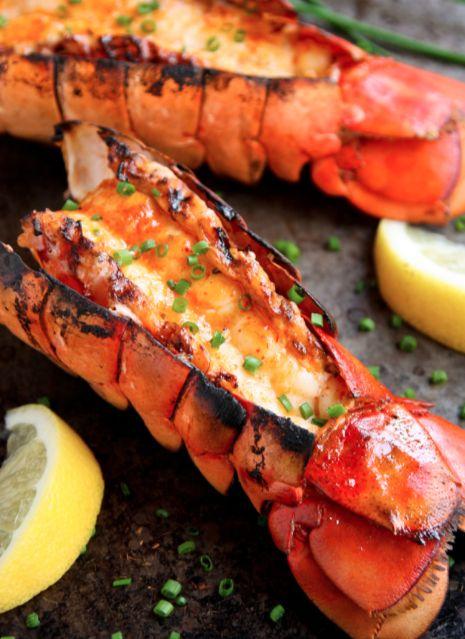 Épatez vos invités avec cette entrée de queue de homard grillée! #queue #homard #grillé #repas #fruit #mer