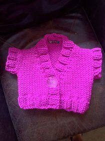 Free knitting pattern: Girls Chunky Shrug