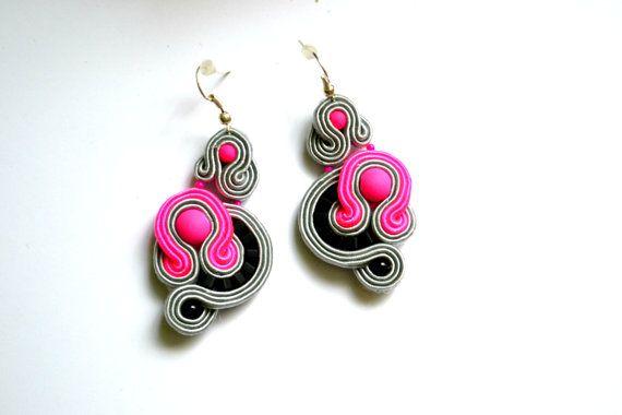 Soutache earrings with plastic Elements by StylazkaSoutache