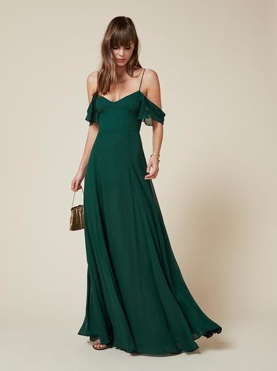 For yet another wedding you don't want to go to. This is a floor length, fitted, lined dress with a sweetheart neckline.