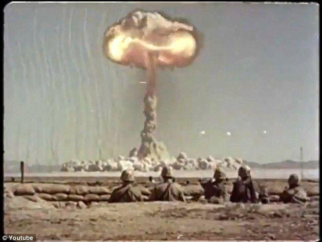 Armata americana a testat bombe nucleare intre anii 1951 si 1957, iar soldatii din apropierea zonei nu au avut echipament de protectie.