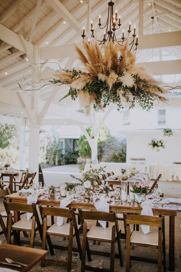 Dried Pampas Grass Vase