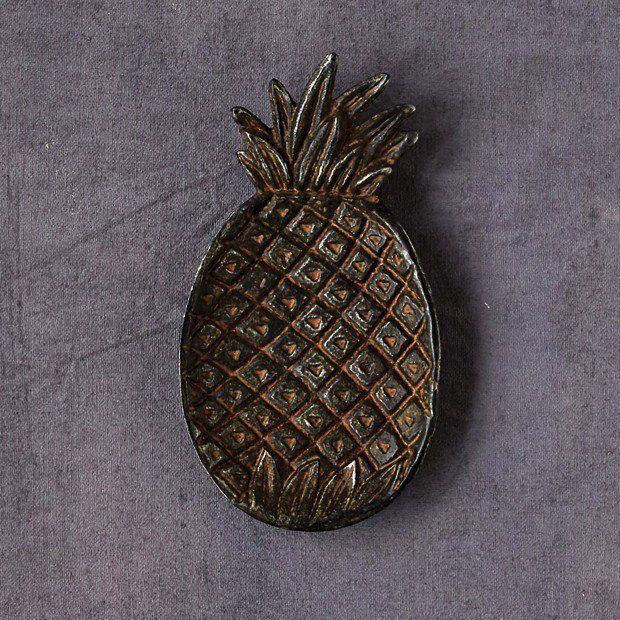 Decorative Cast Iron Pineapple Shaped Dish